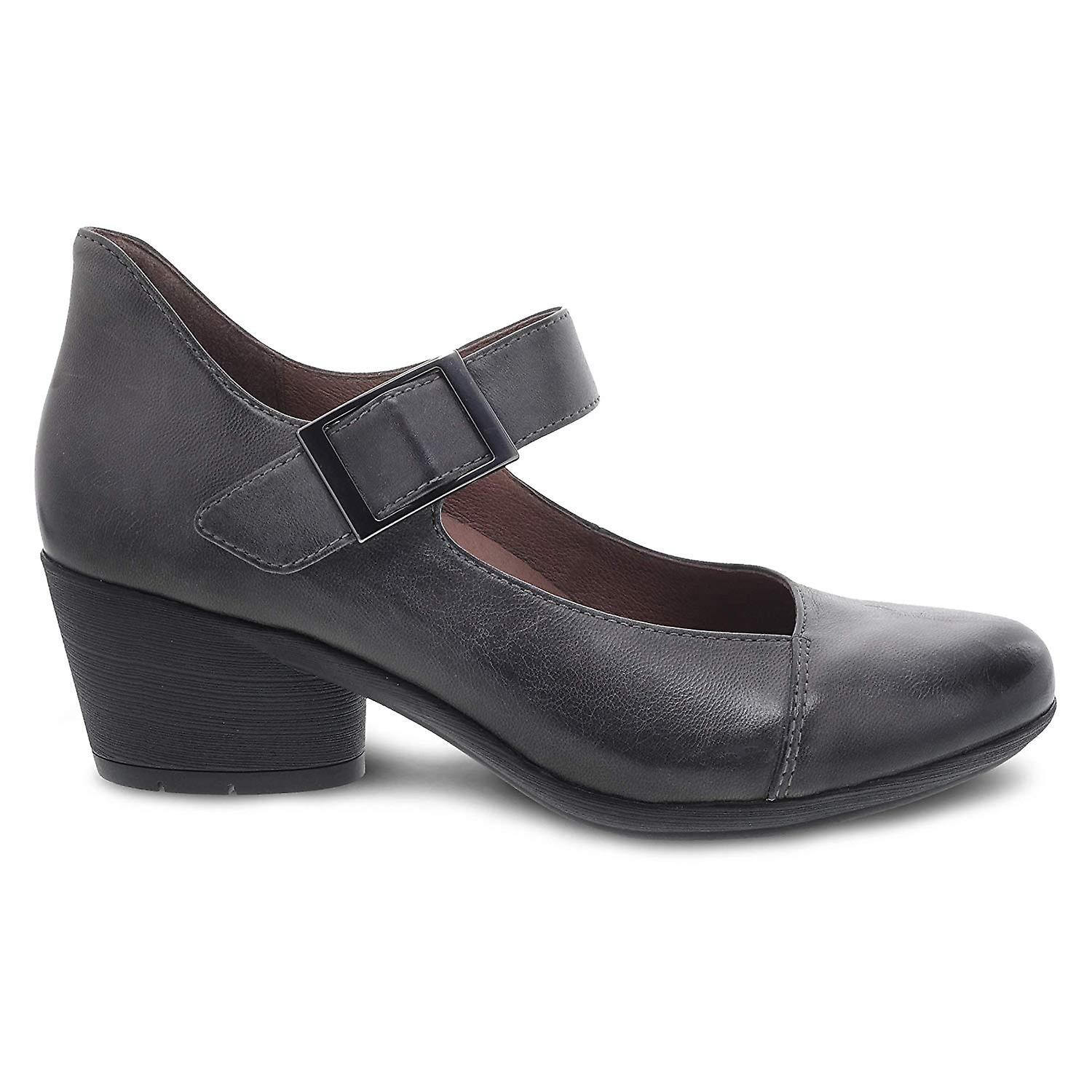 Lange high beine heels gro e bruste