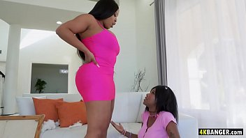 Girl sex lesben ass big black