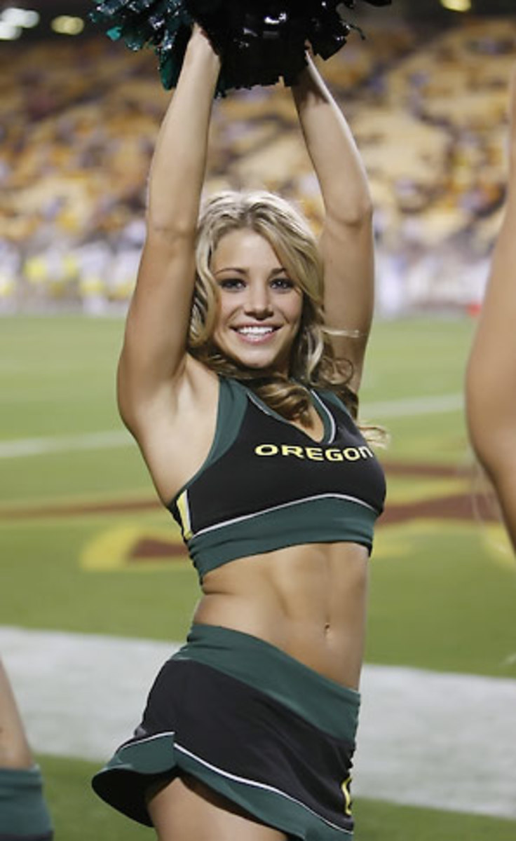 Amanda cheerleader pflugrad ducks oregon