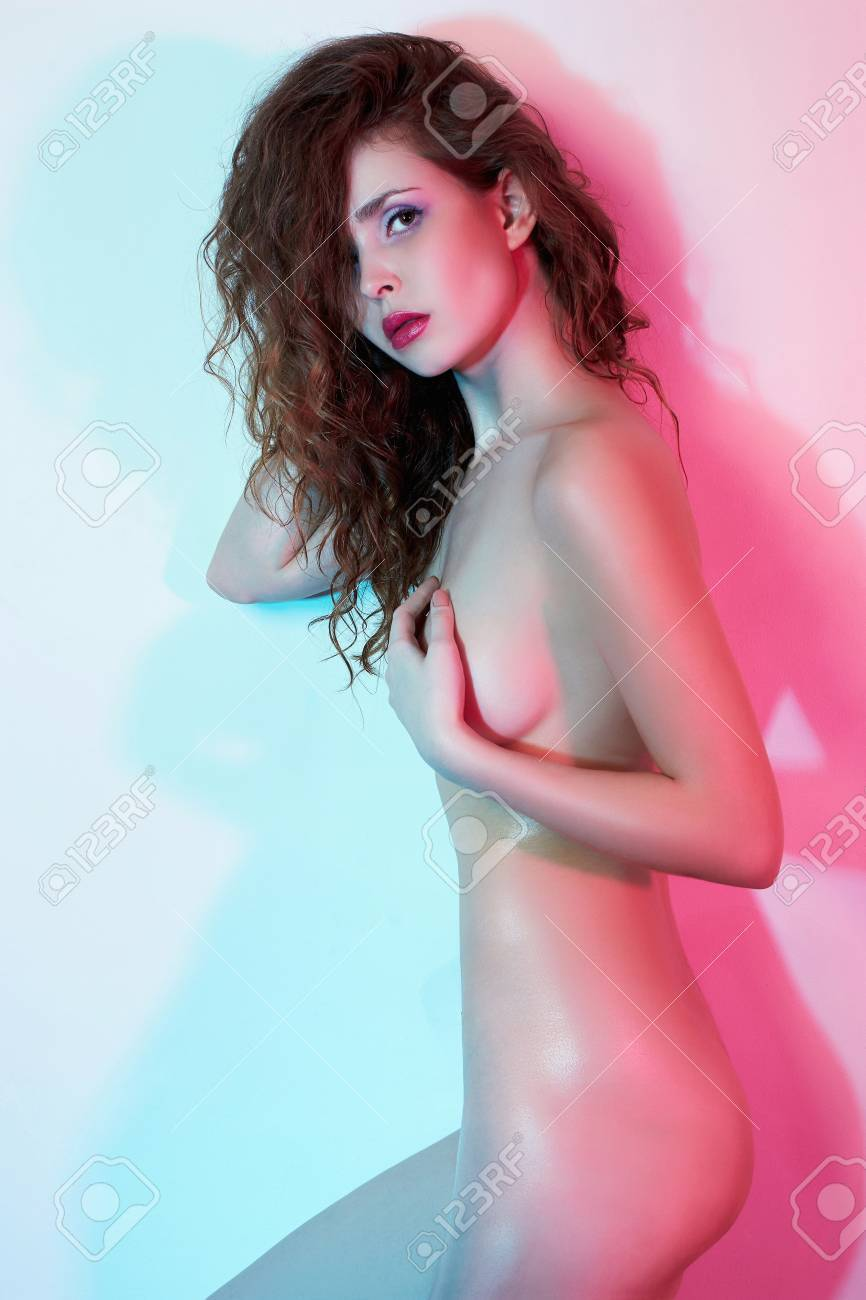 Bilder young art nude girl