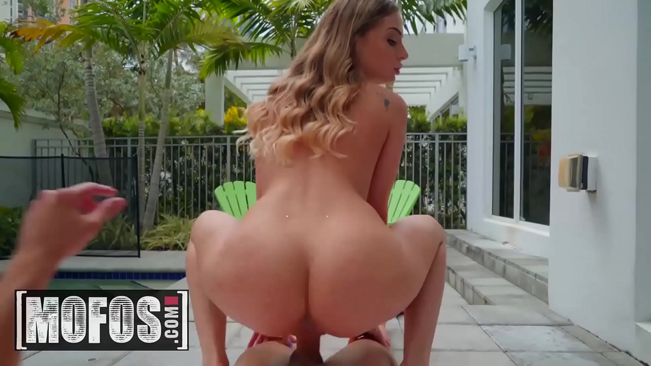 Auf pervs madelyn patrouille monroe