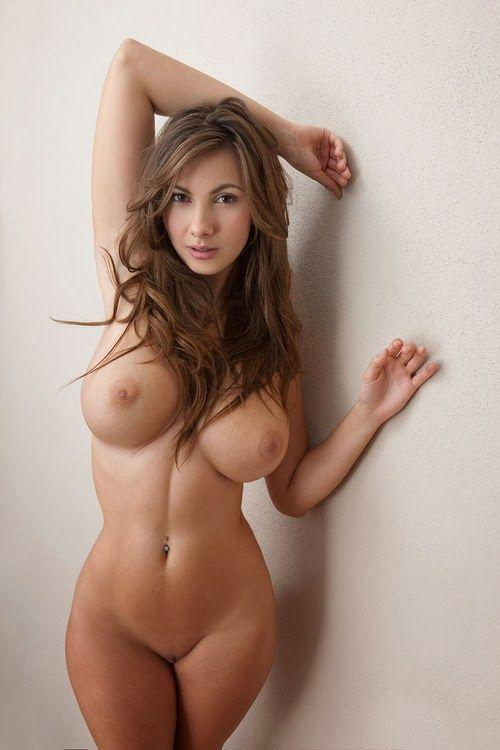 Sexy hot girls sehr nude naked