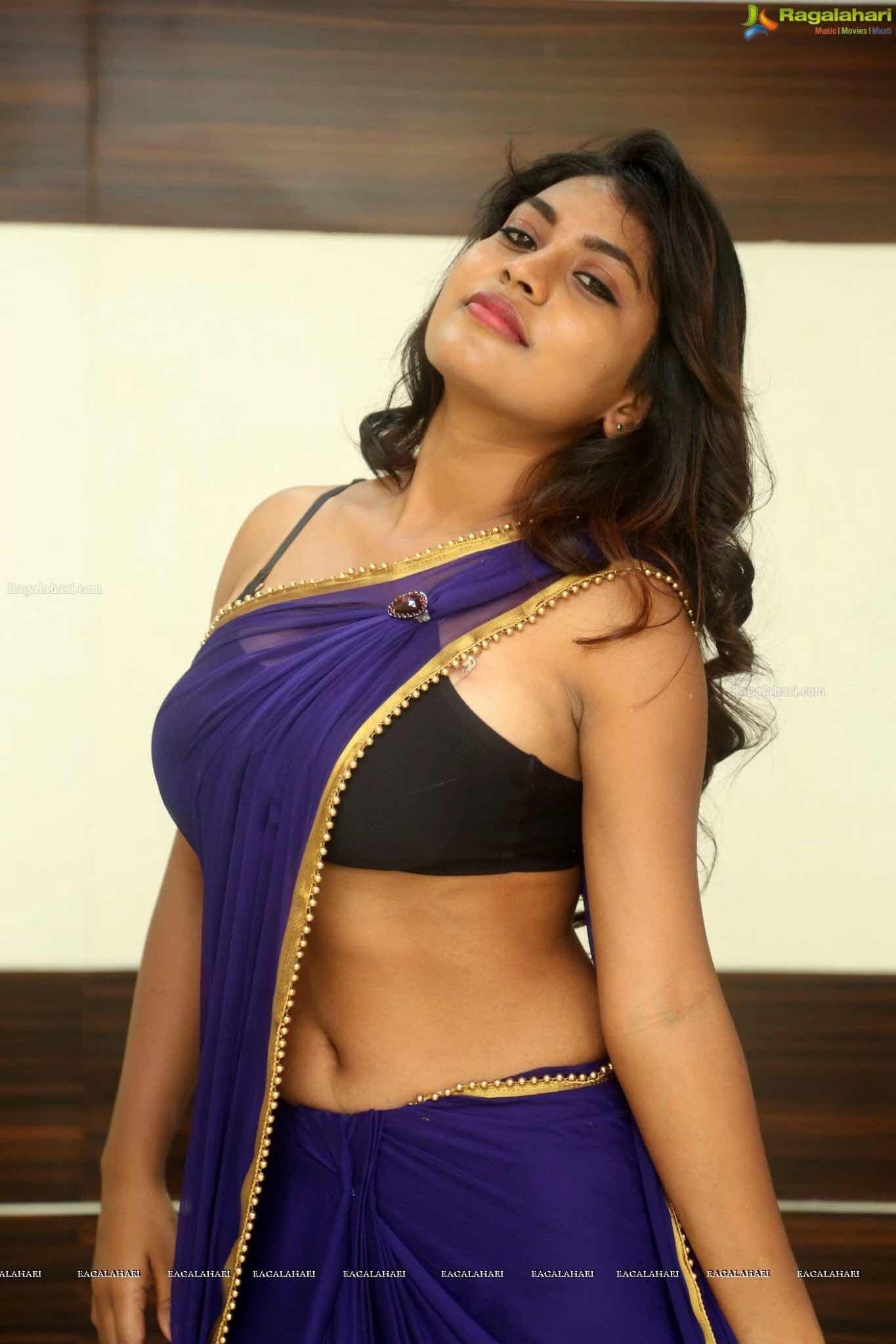 Zeigt tamil titten actress hot