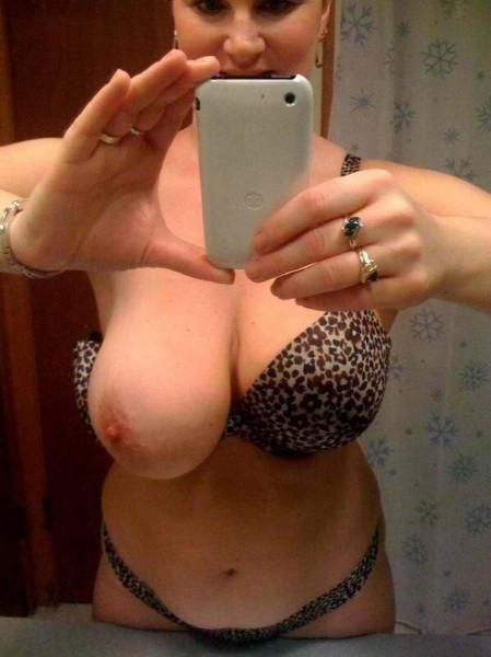 Moms selfies amateur big tit